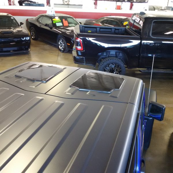 New JeeTops™ front panels at dealership